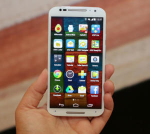 Motorola Cheap Smartphone Moto X BUT with contract