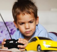 choosing suitable rc toy for kids